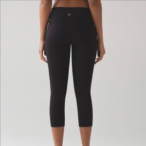 Perfect condition lululemon crop tights